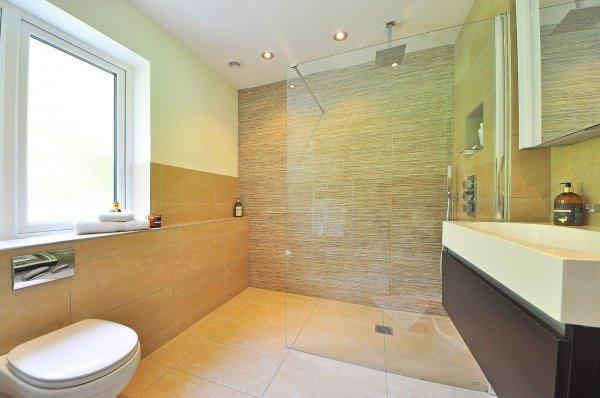 Carrelage-mural-et-faïence-pour-salle-de-bains